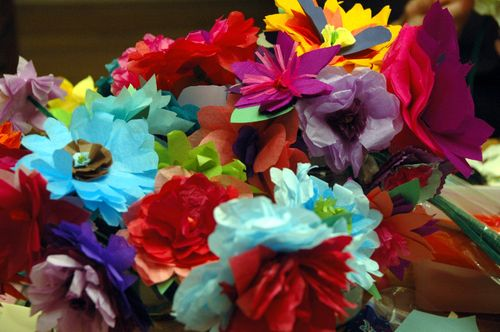 paper flowers instructions. tissue paper flowers instructions. of tissue paper flowers:
