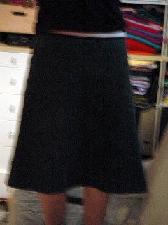 Greyskirt_1